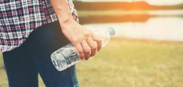 اشرب الماء في فصل الصيف قبل شعوك بالعطش وإلا فصحتك في خطر