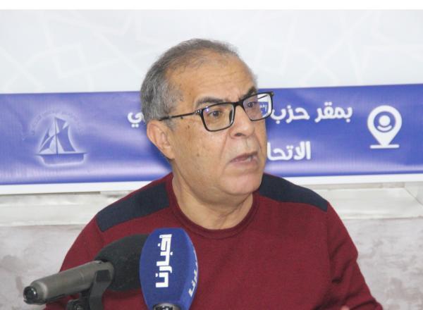 عبد السلام العزيز: الحكومة تعتبر أن 21% من المغاربة يعملون ولكن بدون أجور (فيديو)
