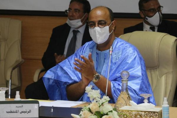 """بأغلبية ساحقة: انتخاب الاستقلالي """"حمدي ولد الرشيد"""" رئيسا لجهة العيون لولاية جديدة"""
