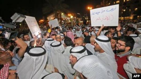 عدوى الإحتجاجات تنتقل إلى الكويت...