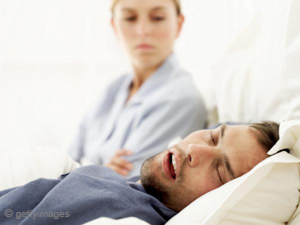 6e4e3ec8650a4 لماذا ينام الرجل بعد ممارسة العلاقة الحميمة ؟