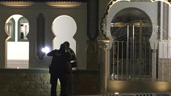 واقعة نيوزيلندا كادت تتكرر.. هجوم مسلح على مسجد في سبتة المحتلة وهذه تفاصيل ما وقع (فيديو)