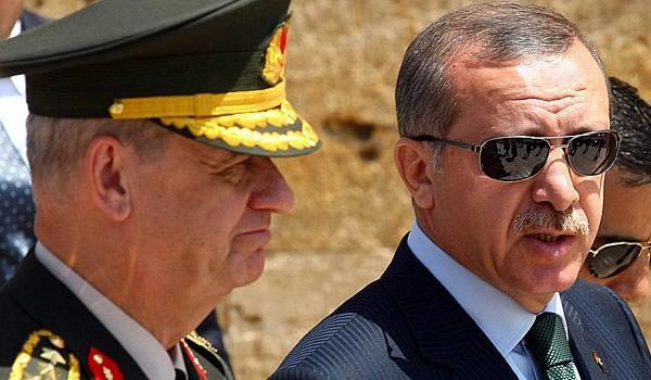 شاهد: أردوغان يطيح بقادة الجيش بعد محاولة انقلاب