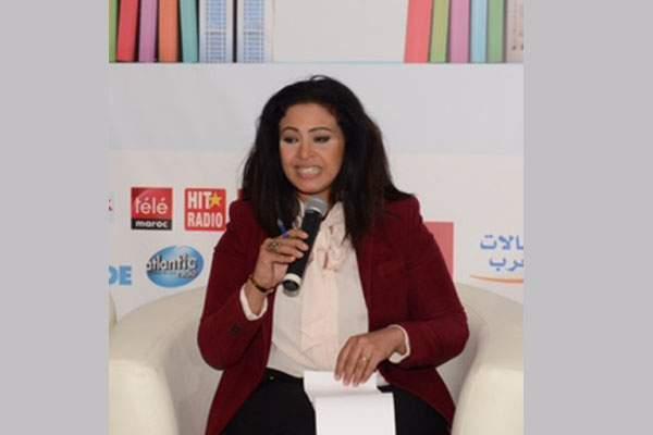 """مصرية تثير غضب الجمهور بعد وصفها للمغاربة بـ""""السحرة"""" في معرض الكتاب"""