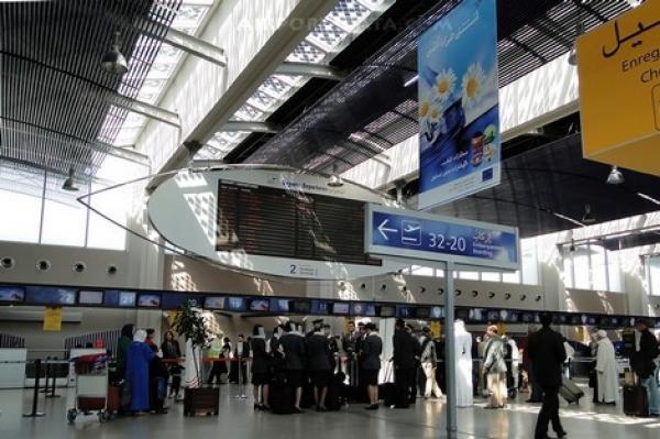 توقيف زوجين بمطار محمد الخامس بعدما افتُضح أمرهما!