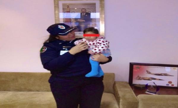 """مديرية """"الحموشي"""" تعلن توقيف المتهمة باختطاف الرضيعة """"ياسمين"""" من حضن والدتها بمحطة أولاد زيان"""
