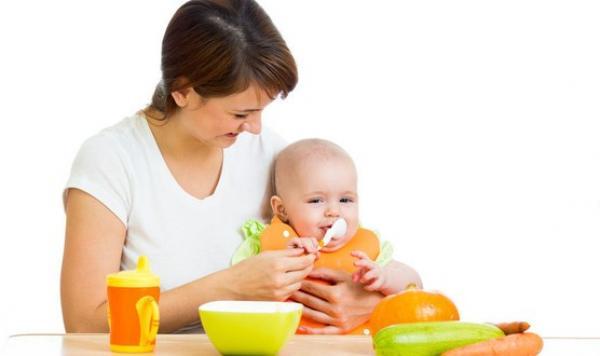 معلومات هامة للأمهات عن تغذية الرضيع