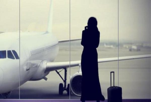 1000 امرأة سعودية يغادرن المملكة في ساعات قليلة بعد قرار الملك سلمان