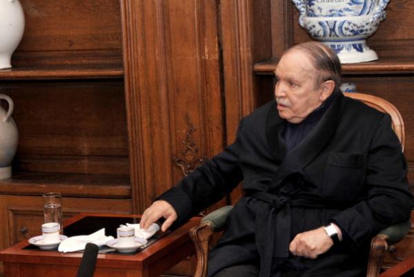بوتفليقة ينوي احداث منصب جديد لمساعدته في الحكم