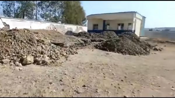 """وزارة التربية الوطنية ترد على """"فيديو"""" يظهر الحالة المزرية لمدرسة بالعالم القروي و تتوعد مروجي الأخبار الزائفة"""