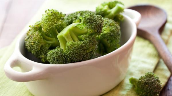 البروكلي يحتوي على مغذيات استثنائية تبطئ الشيخوخة
