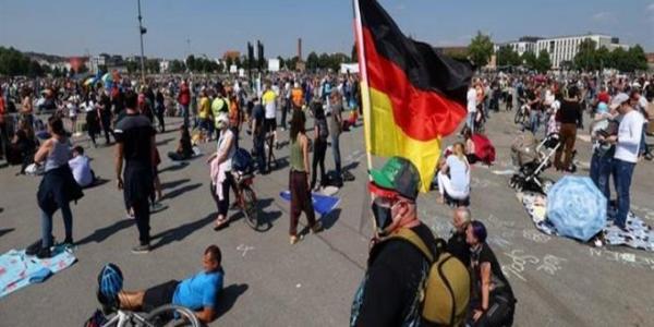 """الألمانيون يحتجون ضد قيود كورونا تحت شعار """"نهاية الجائحة ـ يوم الحرية"""""""