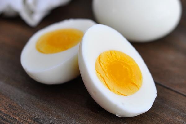 دمج البيض في وجبة الإفطار مفيد جدا
