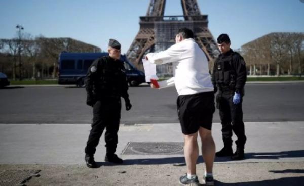 """""""ماكرون"""" يستعد للإعلان عن فرض حجر صحي جديد بكامل التراب الفرنسي"""