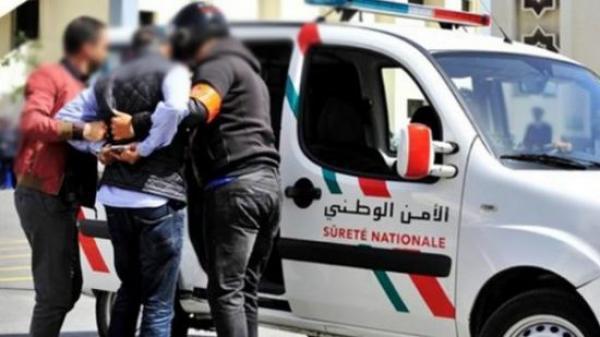 القبض على ثلاثة أشقاء متورطين في أفعال إجرامية بسطات