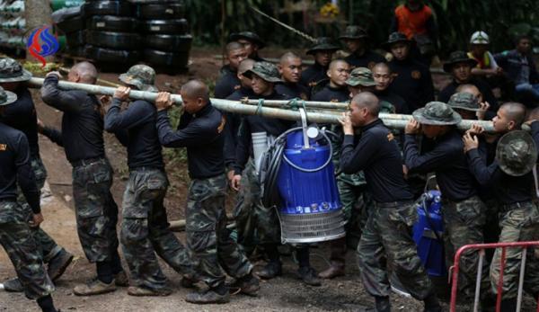 إنقاذ 11 من المحاصرين داخل الكهف في تايلاند