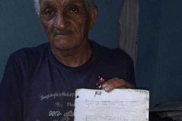 طالبة أمريكية ألقت رسالة في المحيط.. وجاءها الرد من المغرب بعد أزيد من عام!