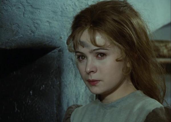 """وفاة """"سندريلا"""" السينما التشيكية الممثلة ليبيوس سافرانكوفا"""