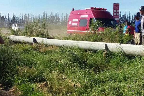انقلاب شاحنة تابعة لشركة الحليب ونقل 3 ضحايا للمستعجلات (صور)