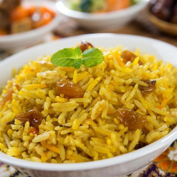 طبق الأرز بالزبيب