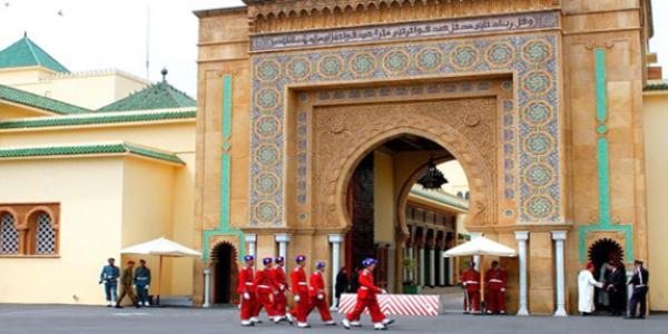 لصوص القصور..من سرقة ممتلكات محمد الخامس إلى وثائق الحسن الثاني وساعات محمد السادس