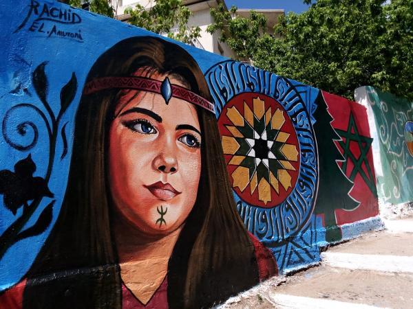 """بعد أن جعل من مدينة """"أزرو"""" تحفة فنية رائعة ..""""العمراني"""" يتلقى صدمة قوية من مسؤول رفيع المستوى بالمدينة"""