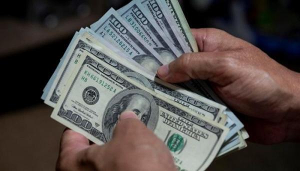 هذه الدولة تمنح 30 دولارا لكل مواطن يتلقى لقاح كورونا!!