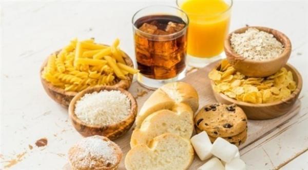 احتمال الإصابة بالأرق وصعوبات النوم مع ترتفع بسبب الخبز الأبيض والسكر