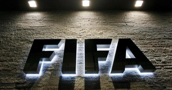 """""""الفيفا"""" يكشف عن الأسماء المرشحة لجائزة أفضل لاعب في العالم"""