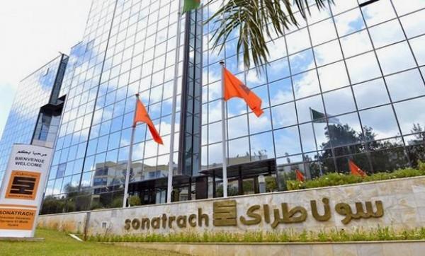 """ترحيل رئيس مدير عام سابق لشركة """"سوناطراك"""" من الإمارات إلى الجزائر بسبب قضية فساد"""