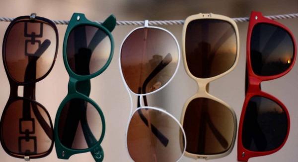 هام للمغاربة...تحذير خطير جدا بخصوص استعمال النظارات الشمسية المزيفة