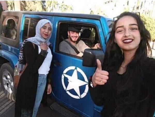 تعرف على تفاصيل السيارة التي ظهر بها سعد لمجرد بعد عودته للمغرب (صور)