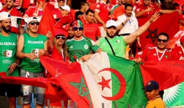 """شعار """"خاوة خاوة"""" يجتاح مواقع التواصل وتعاطف غير مسبوق بين الشعبين المغربي والجزائري"""