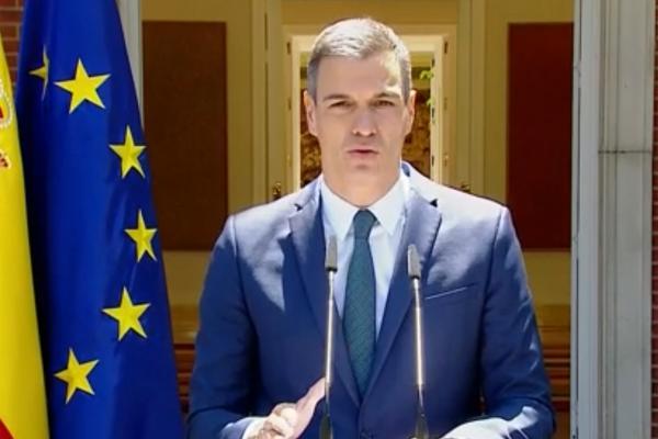 """عاجل.. رئيس الحكومة الإسبانية يسافر بشكل عاجل إلى سبتة ومليلية المحتلتين ويؤكد """"الوضع يشكل أزمة خطيرة لإسبانيا"""""""