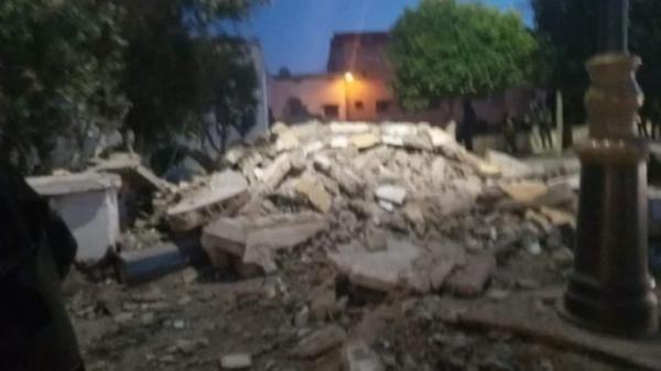 انهيار صومعة مسجد أثناء صلاة المغرب بآسفي(فيديو)