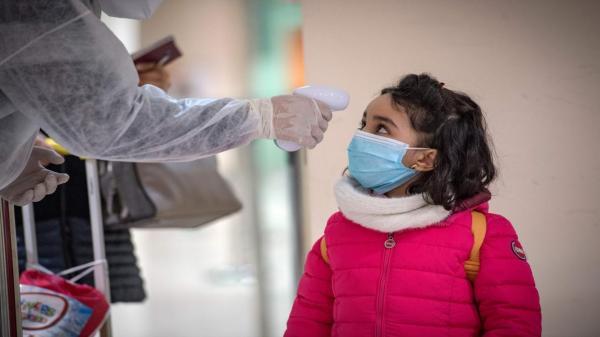 تفاصيل مسطرة تدبير حالات الإصابة بفيروس كوفيد-19 بالمدارس المغربية (وثائق)