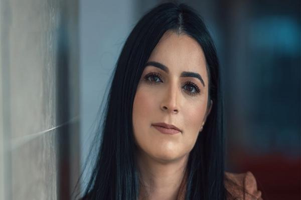 إعفاء الرئيسة المديرة العامة للخطوط الجوية التونسية من مهامها