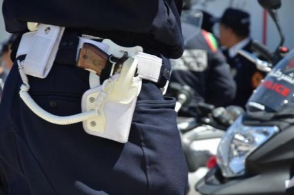 """الأمن يطلق 3 رصاصات على """"داعشي"""" خرق قانون الطوارئ وحاول قتل شرطي"""