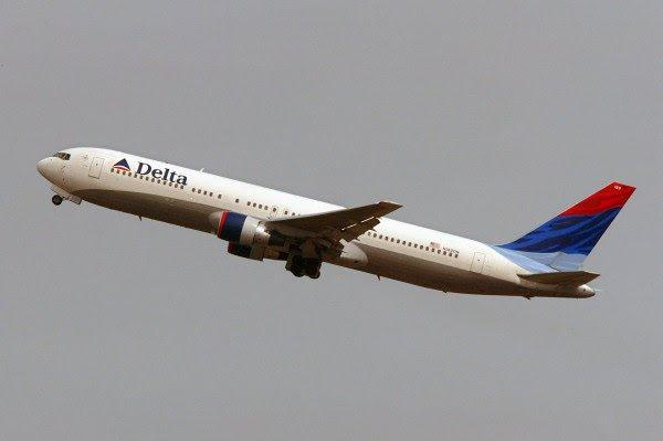 الولايات المتحدة.. هبوط اضطراري لطائرة هدد أحد الركاب بإسقاطها