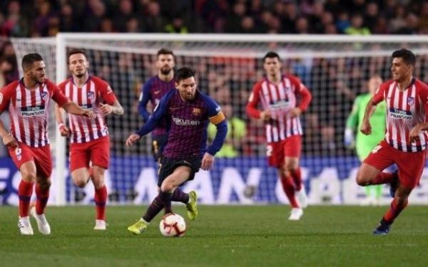 برشلونة يواجه أتلتيكو مدريد في أول اختبار حقيقي له هذا الموسم