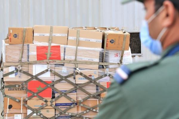 بتعليمات ملكية...المغرب يوزع اليوم 430 طنا من المساعدات الغذائية والطبية على المتضررين من تفجير مرفأ بيروت