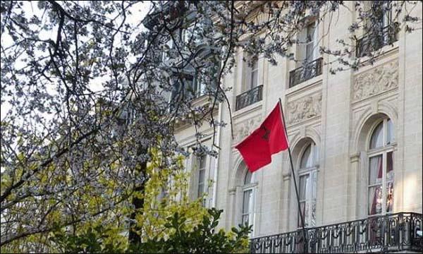 المغاربة العالقون بالخارج يصعدون ..إضراب عن الطعام واعتصامات