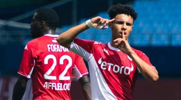 """المغربي الأصل """"سفيان ديوب"""" يقود موناكو لأول انتصار في الموسم"""