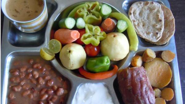 كيف تلبي احتياجات جسمك في الإفطار والسحور؟