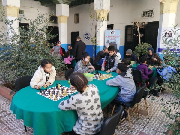 الجامعة الوطنية للتعليم ونادي منارة الشطرنج يواجهان إدمان الألعاب الإلكترونية