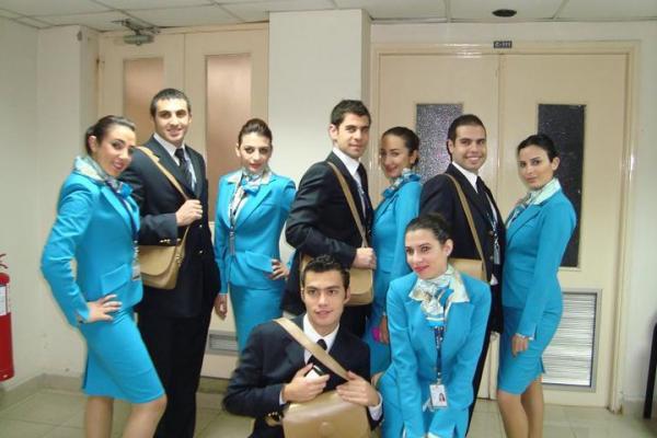 توظيف 150 مضيف ومضيفة في مجال الطيران