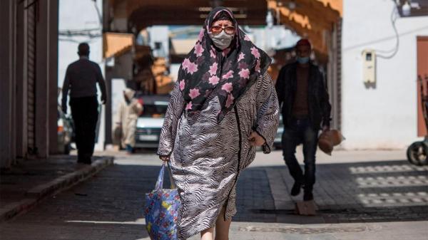 قرار علاج مرضى كورونا بمنازلهم...وزارة الصحة تحكم على آلاف الأسر بالجوع