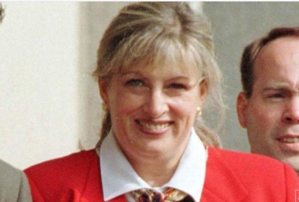 وفاة ليندا تريب التي أبلغت عن الفضيحة الجنسية لكلينتون