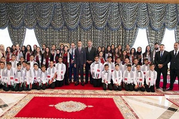 """ولي العهد """"مولاي الحسن"""" يستقبل الأطفال المقدسيين بقصر الضيافة"""
