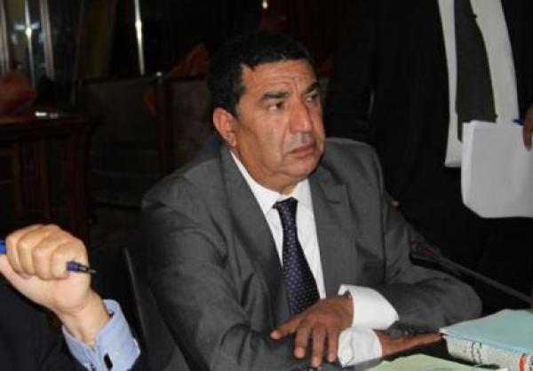 الوزير محمد مبديع يقاضي صحفيا بالفقيه بن صالح بسبب مقال